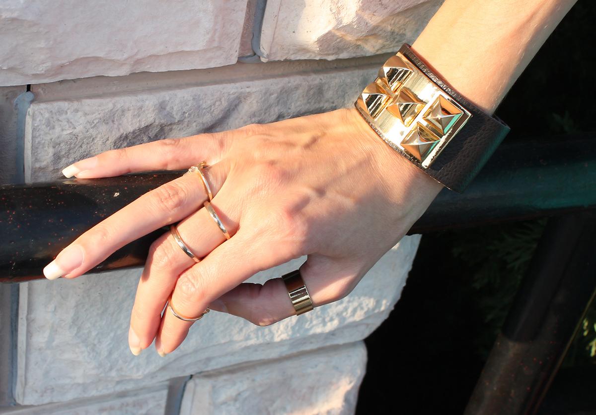 gold_studded_bracelet