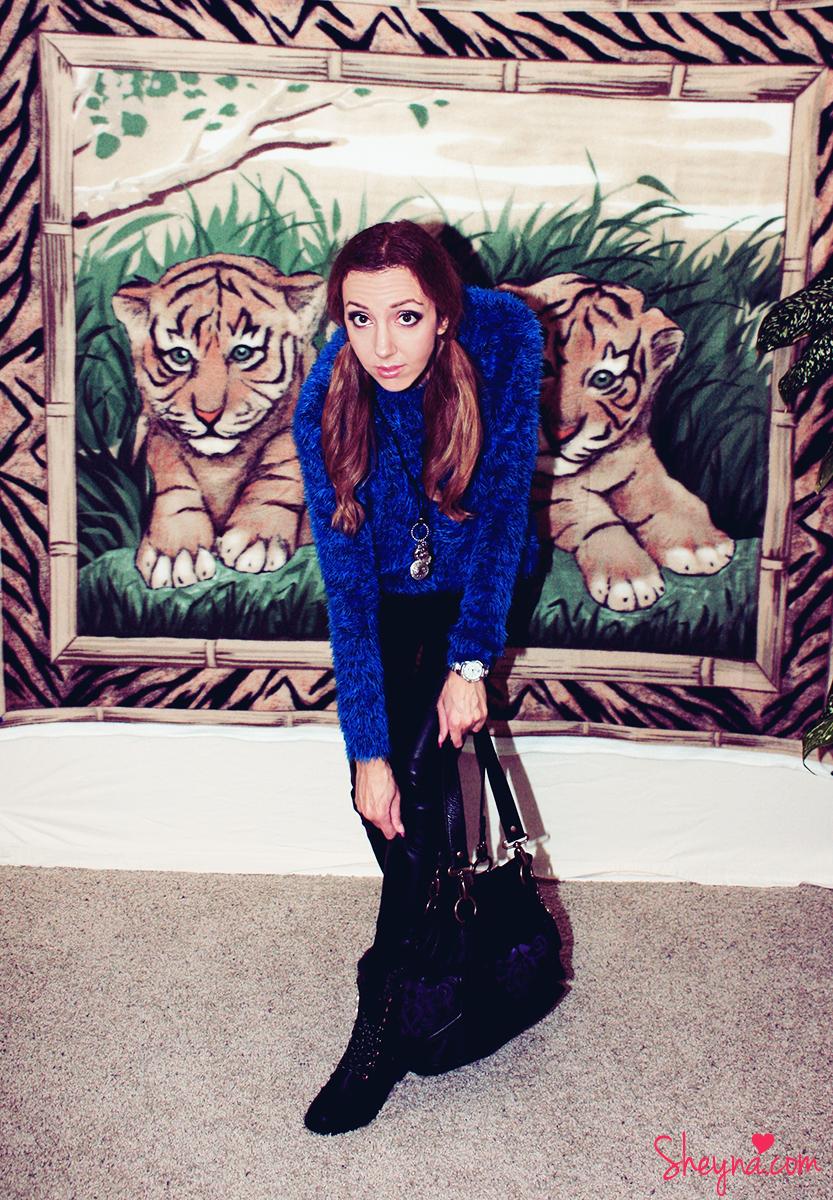 sheyna_chenillesweater