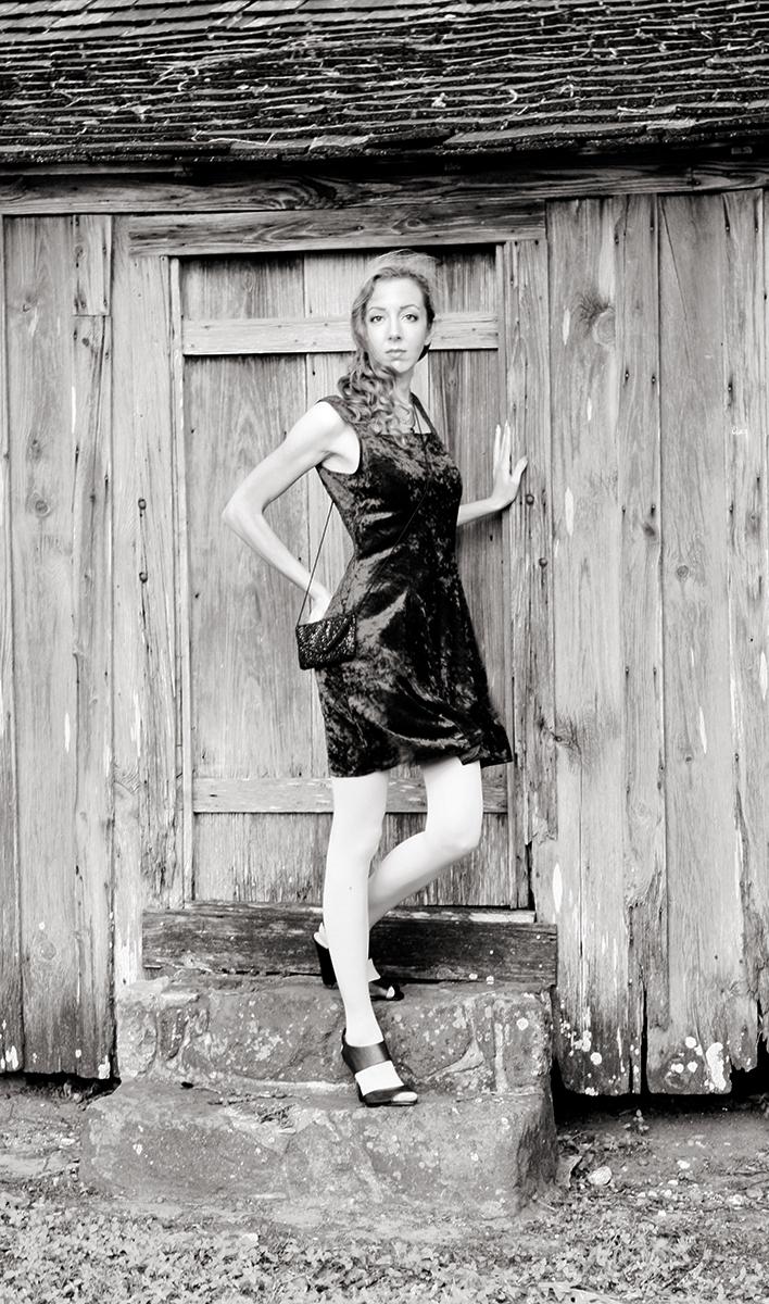 velvet_dress_heels