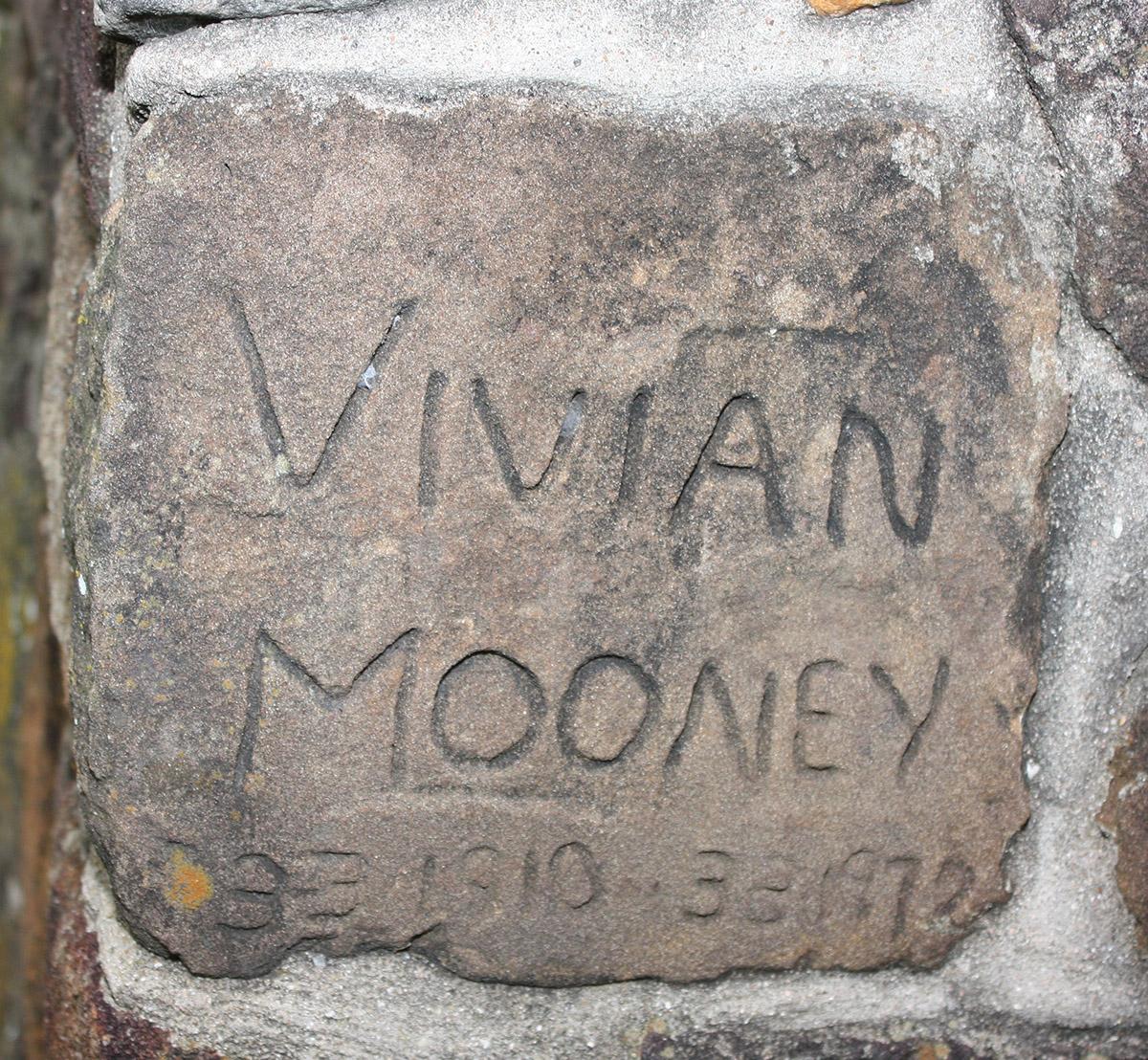 vivian_mooney