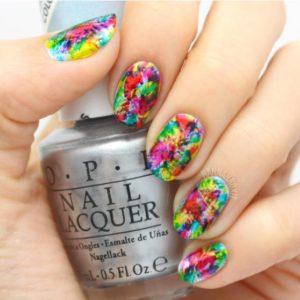 multicolor_nails
