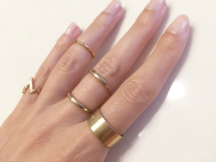 How to wear over the knuckle rings