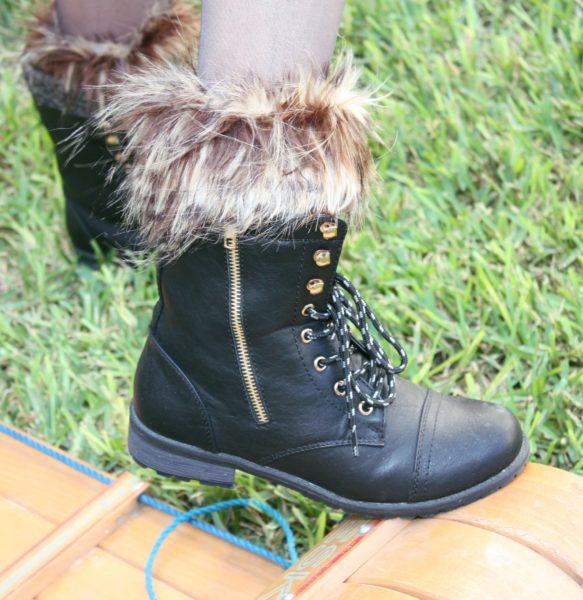 Sock boots fur