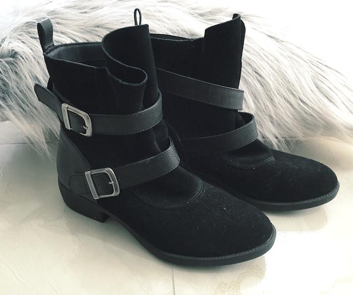 moto_boots_mia
